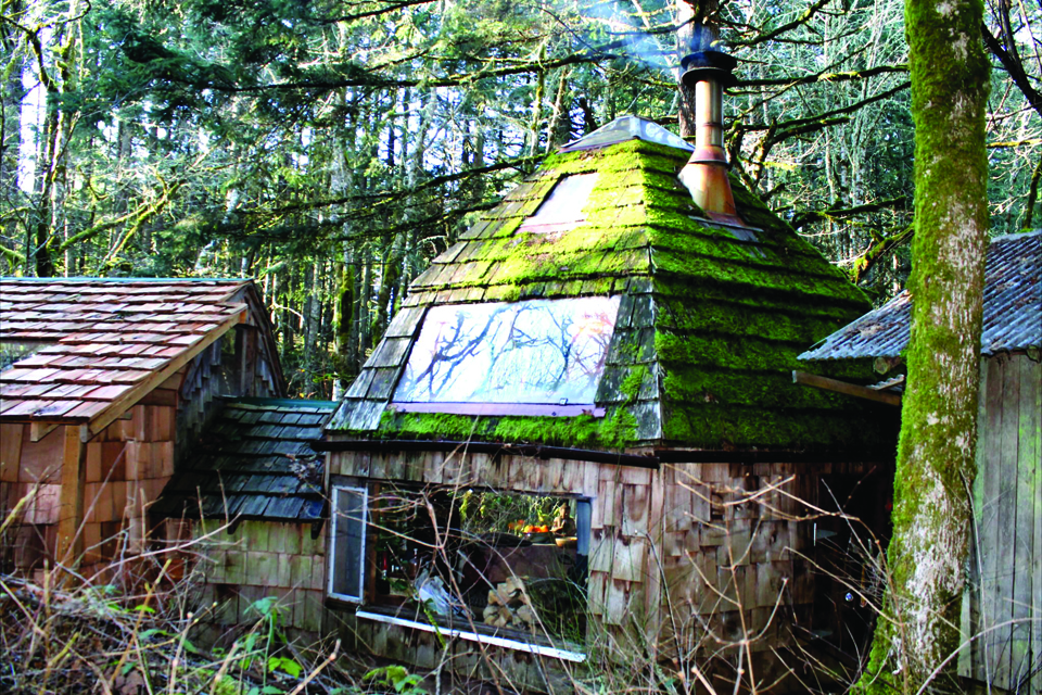 The tiny home revolution living big in a tiny space the corvallis the yurt solutioingenieria Choice Image