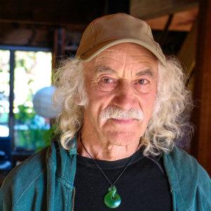 Lloyd Kahn