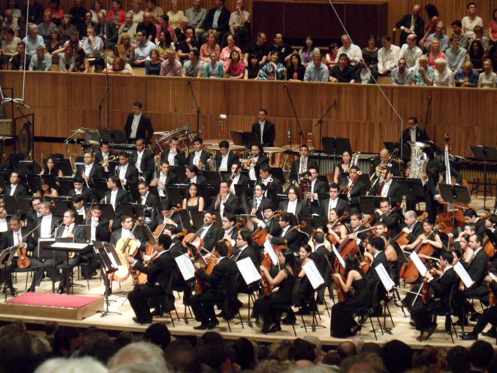 Symphony_Wednesday25