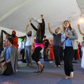 chanting-group