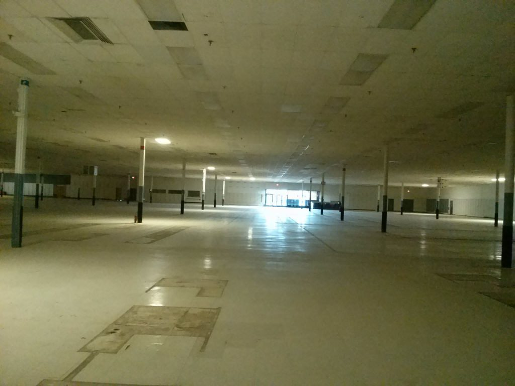 Corvallis Empty Box Store Tour Slated - The Corvallis Advocate